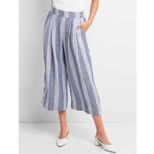 Gap High Rise Cropped Wide-Leg Pants in Linen